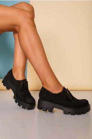 Pantofi negri cu talpa joasa si limba dubla cu siret