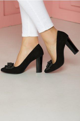 Pantofi negri din piele catifelata cu fundita cu buline