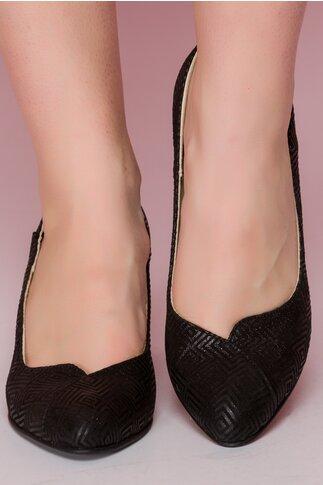 Pantofi negri din piele cu imprimeu geometric si toc maxi