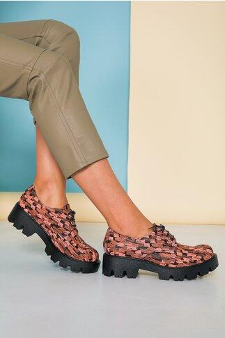 Pantofi negri Pencil corai