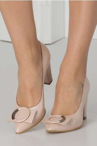 Pantofi nude perlat cu aplicatie in fata