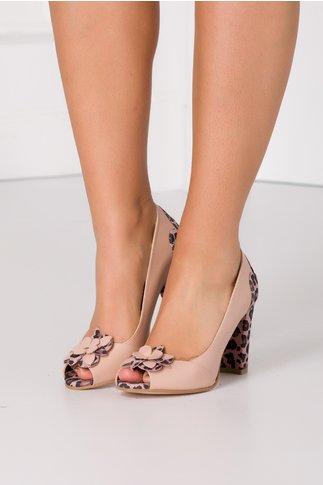 Pantofi nude rose cu animal print si floare maxi