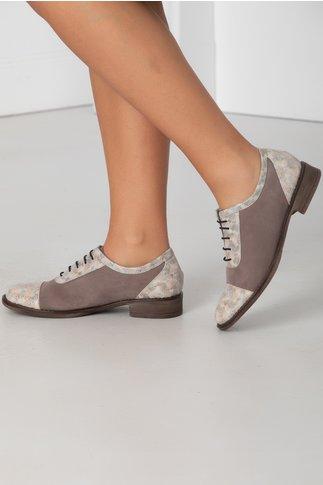 Pantofi Oxford gri cu siret si insertii punctate