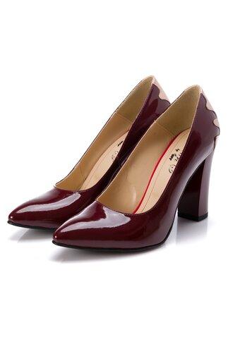 Pantofi Sandra bordo cu detaliu bej la spate