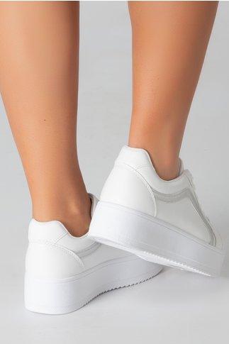Pantofi sport albi cu dunga argintie si talpa groasa