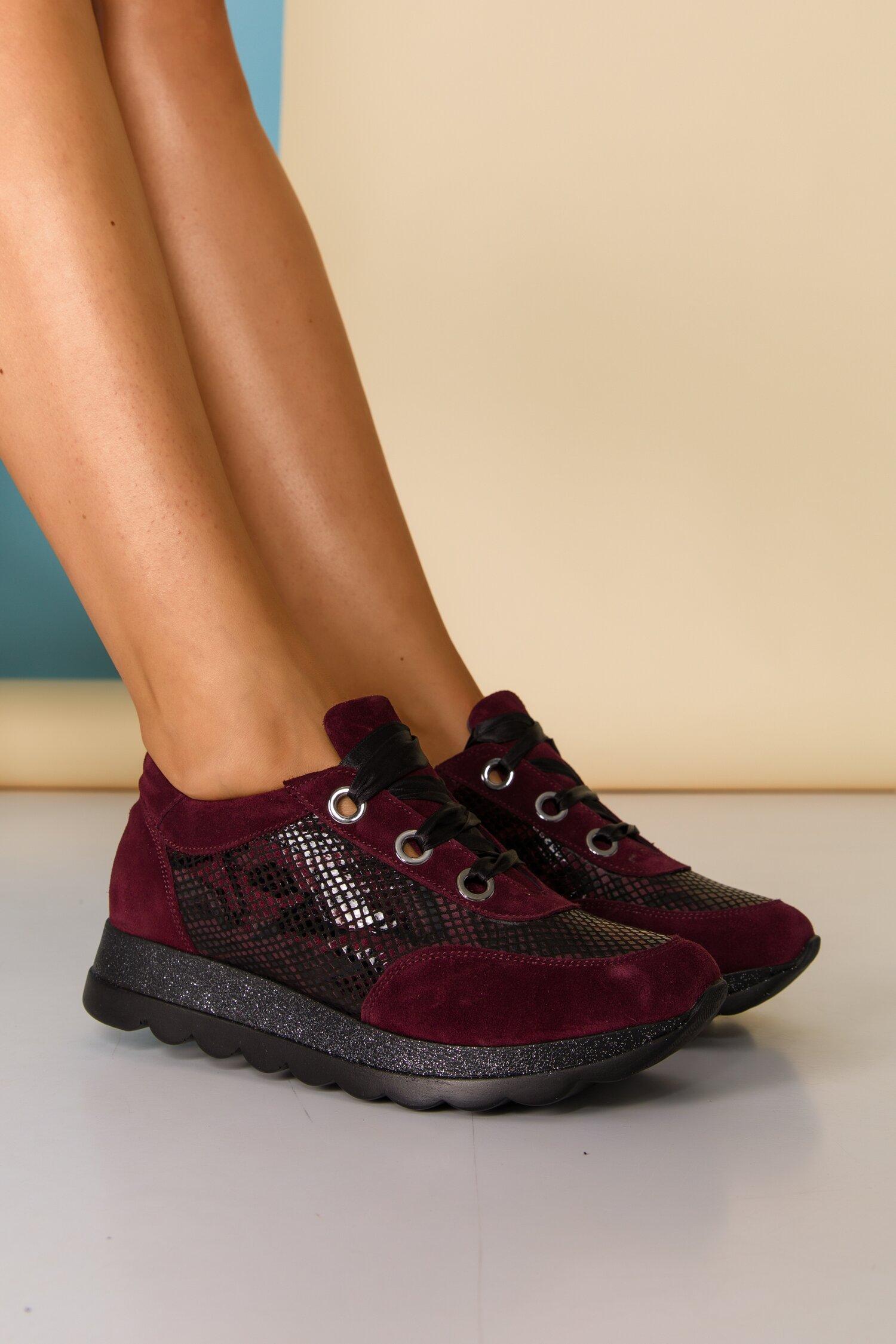Pantofi sport Kelly bordo cu imprimeu snake