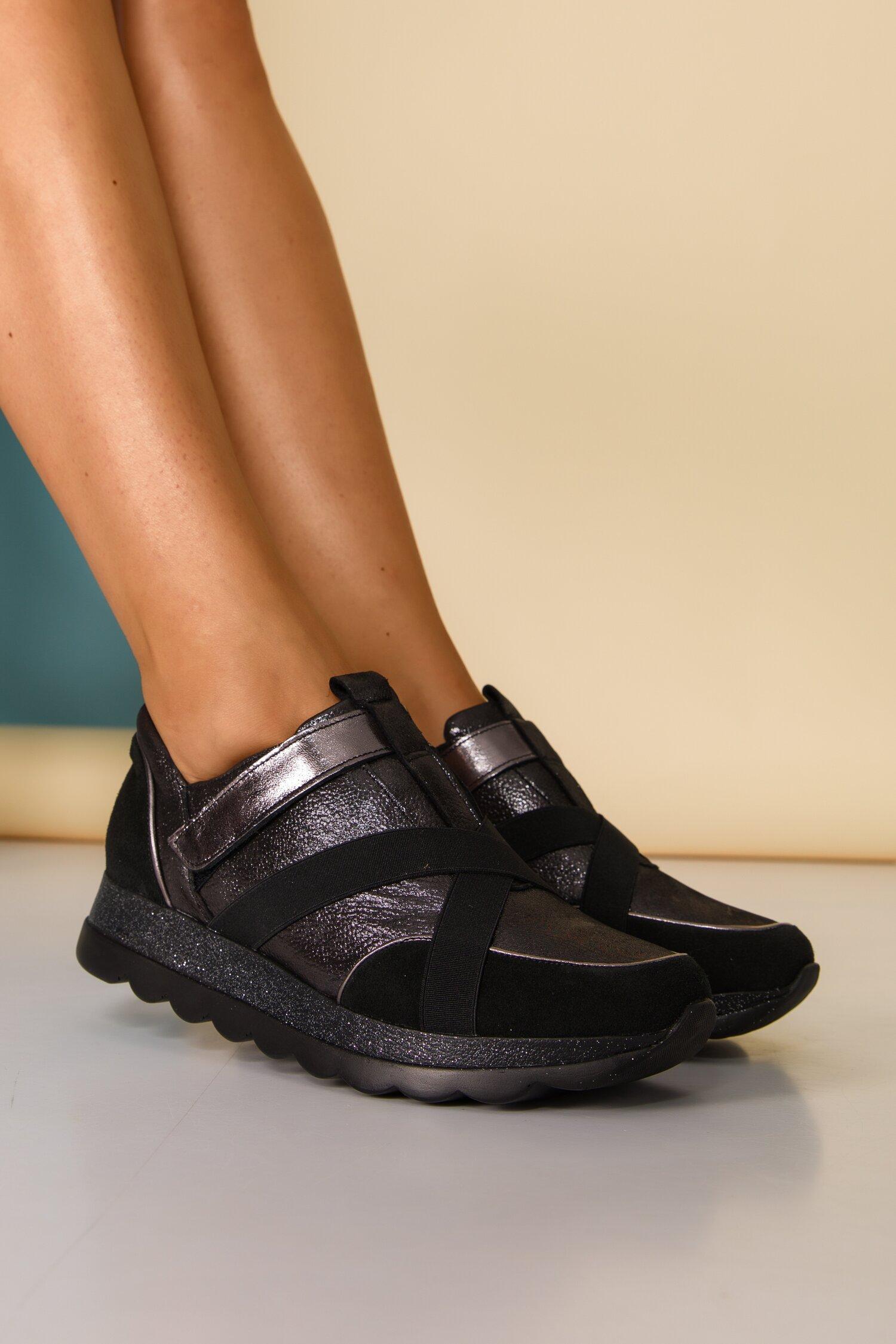 Pantofi sport negri cu benzi elastice decorative si sclipici pe talpa imagine