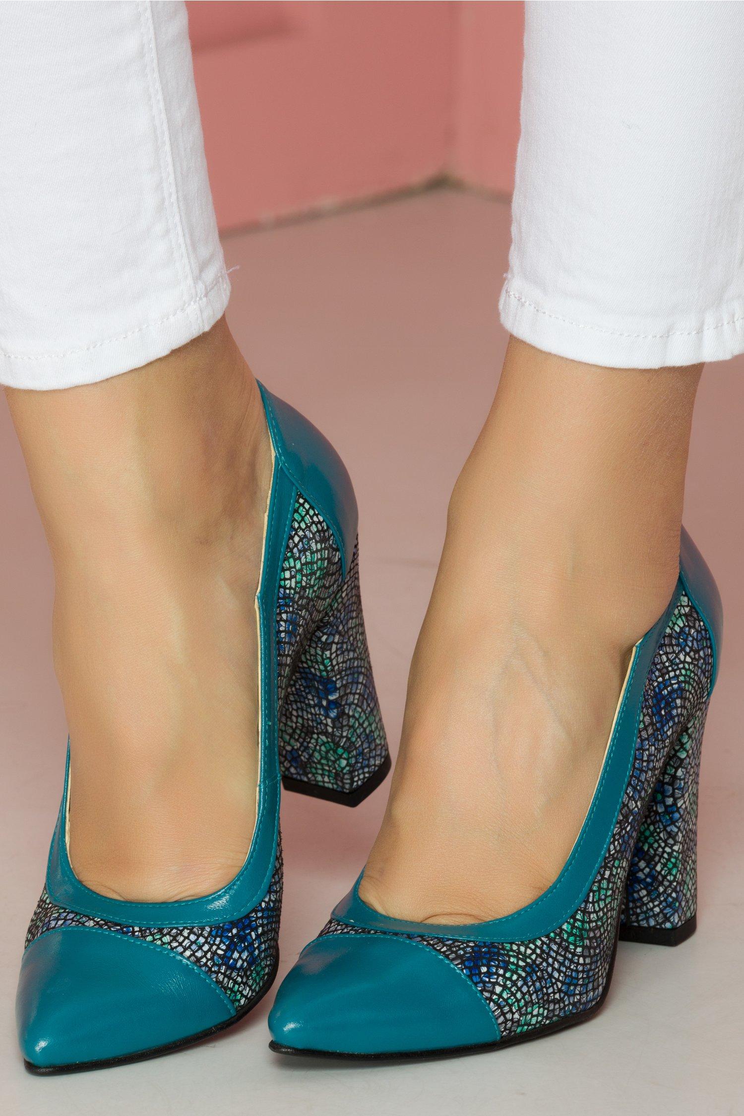 Pantofi turcoaz cu imprimeu floral cu varf ascutit