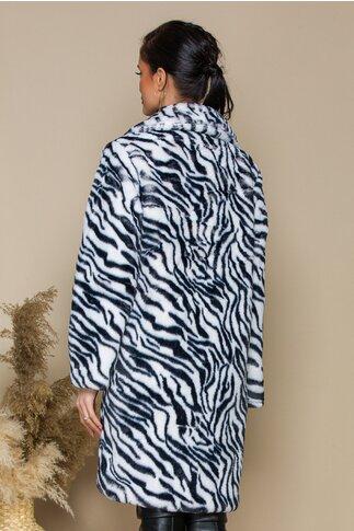 Pardesiu  imprimeuri zebra si rever maxi