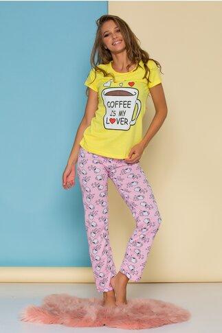 Pijama Coffee cu tricou galben si pantaloni roz