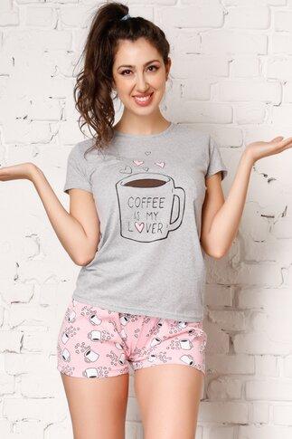 Pijama Coffee cu tricou gri si pantaloni scurti roz