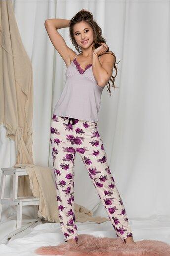 Pijama cu top lila si pantaloni bej cu flori mov