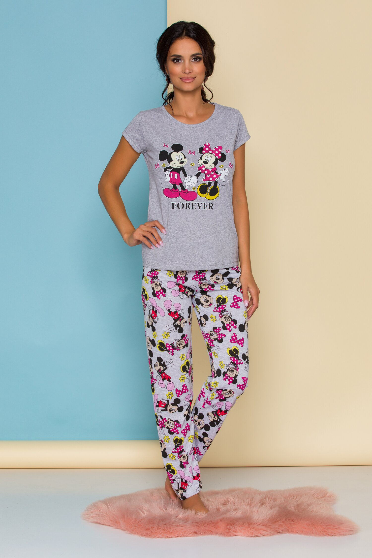 Pijama Forever Love gri cu imprimeu