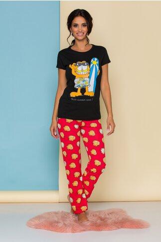 Pijama Garfield cu tricou negru si pantaloni rosii cu imprimeu