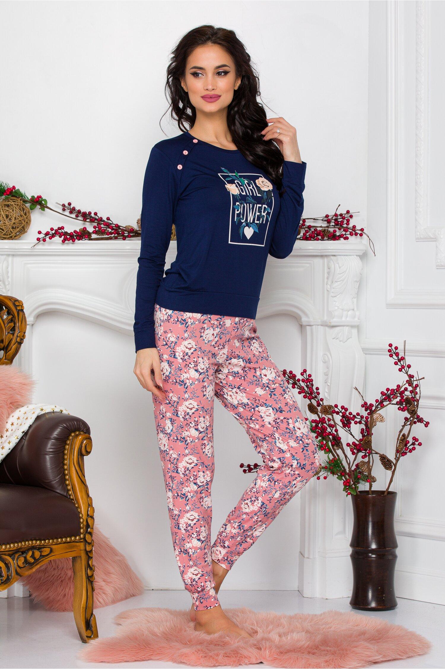 Pijama Girl Power cu bluza bleumarin si pantaloni roz cu imprimeu floral