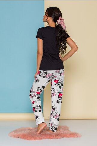 Pijama Happy Disney Friends cu tricou negru si pantaloni albi cu imprimeu