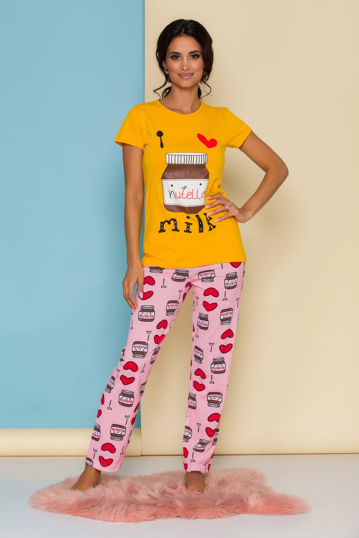 Pijama Love Nutella cu tricou galben si pantaloni roz imagine