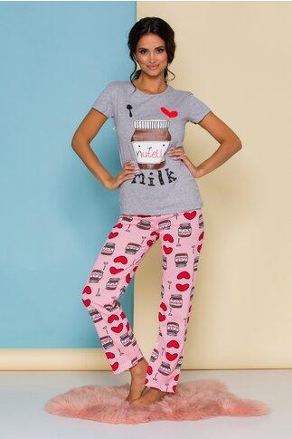 Pijama Love Nutella cu tricou gri si pantaloni roz