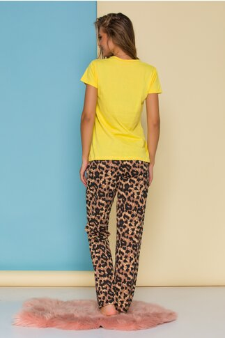 Pijama Minnie cu tricou galben si pantaloni animal print