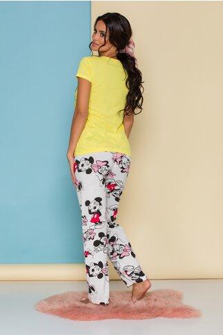 Pijama Super Love cu tricou galben si pantaloni albi cu imprimeu