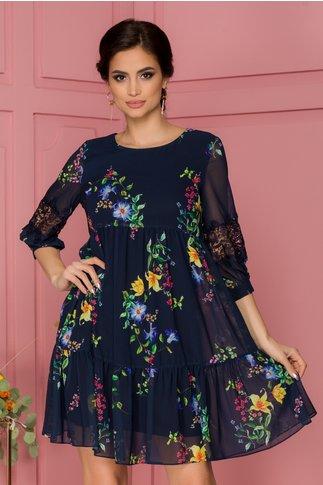 Rochia Ilina bleumarin vaporoasa cu imprimeu floral si insertii brodate