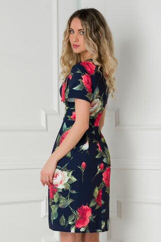Rochie Adriela bleumarin cu imprimeu floral rosu si fundita in zona decolteului