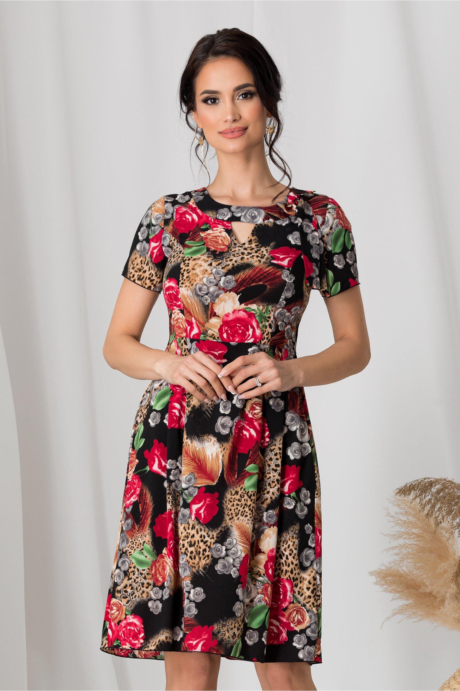 Rochie Adriela neagra cu trandafiri rosii si fundita in zona decolteului