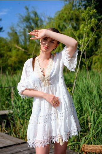 Rochie alba Janine cu decolteu in V si broderie accesorizata cu paiete