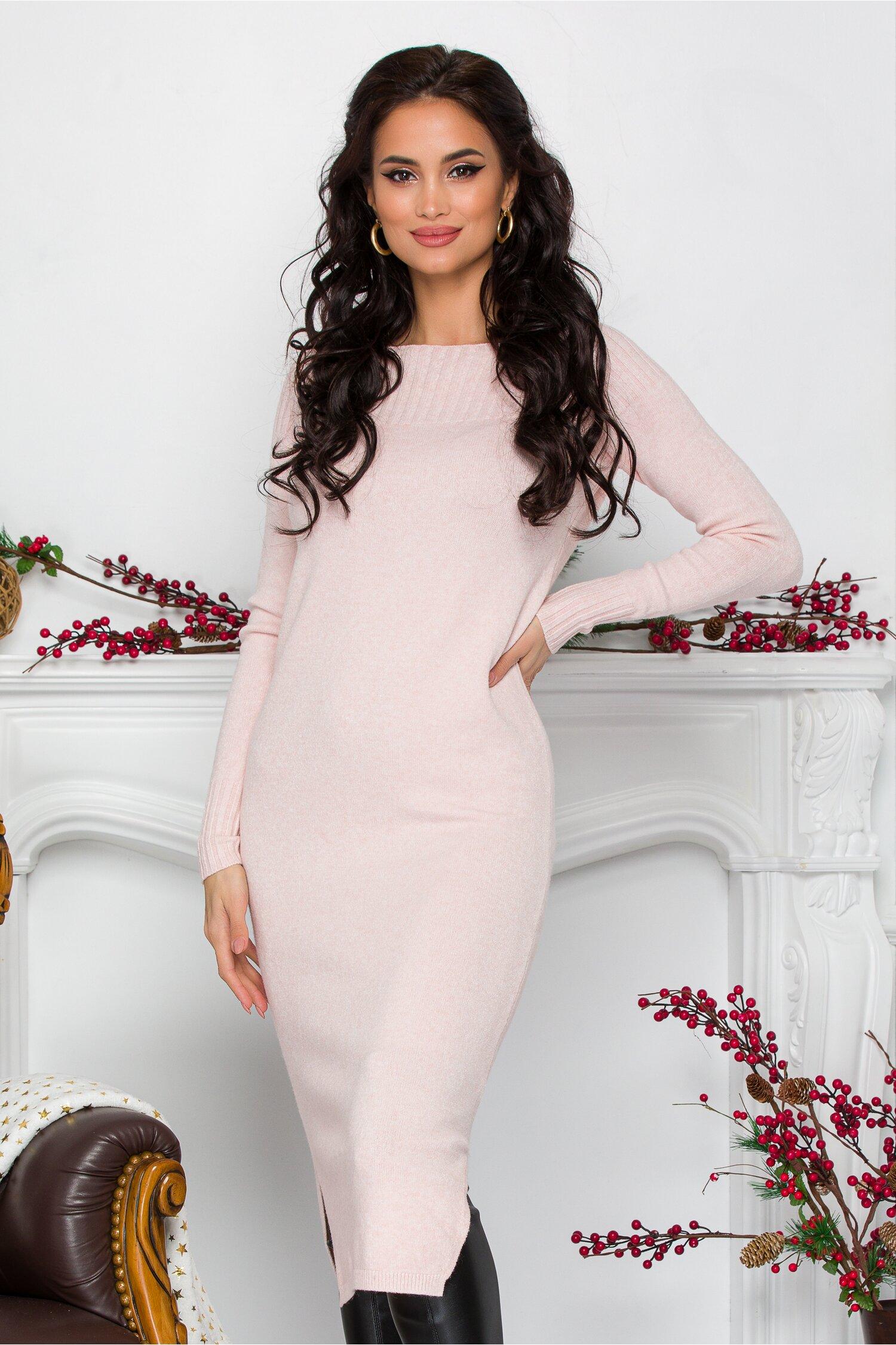 Rochie Alessa roz midi din tricot