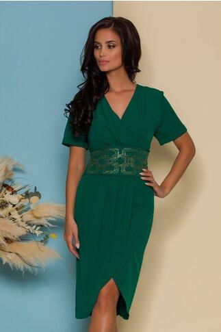 Rochie Alina verde cu design petrecut si talie accesorizata cu strasuri