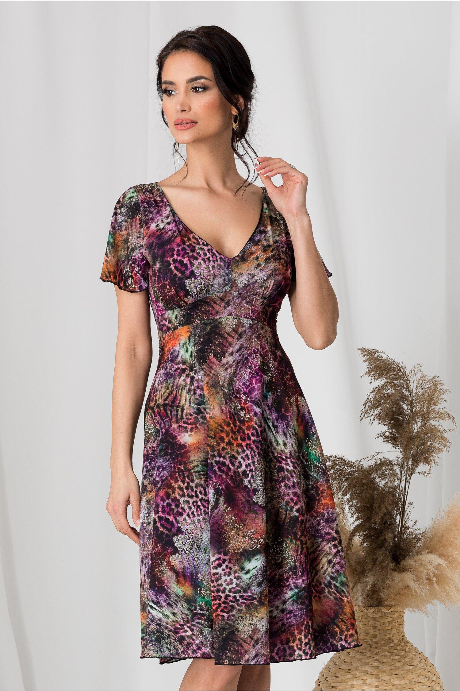 Rochie Amelia in nuante de violet cu animal print