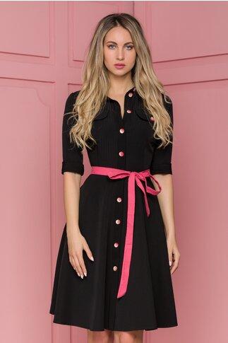 Rochie Anaida neagra cu nasturi si cordon roz in talie