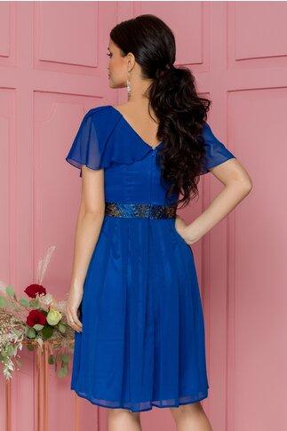 Rochie Anais albastra accesorizata cu brau auriu in talie