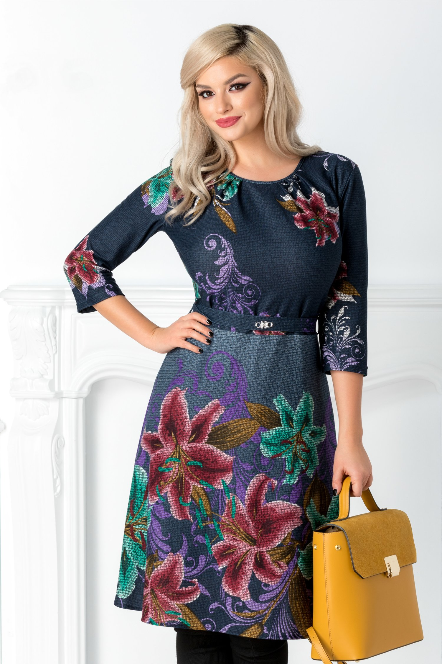 Rochie Anastasia bleumarin cu crini mov si verzi