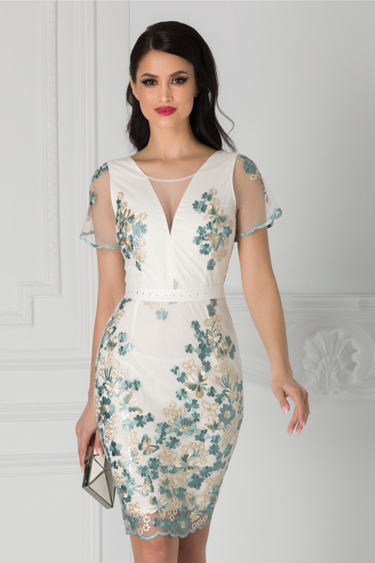 Rochie Anelie ivoire cu broderie florala si cordon in talie