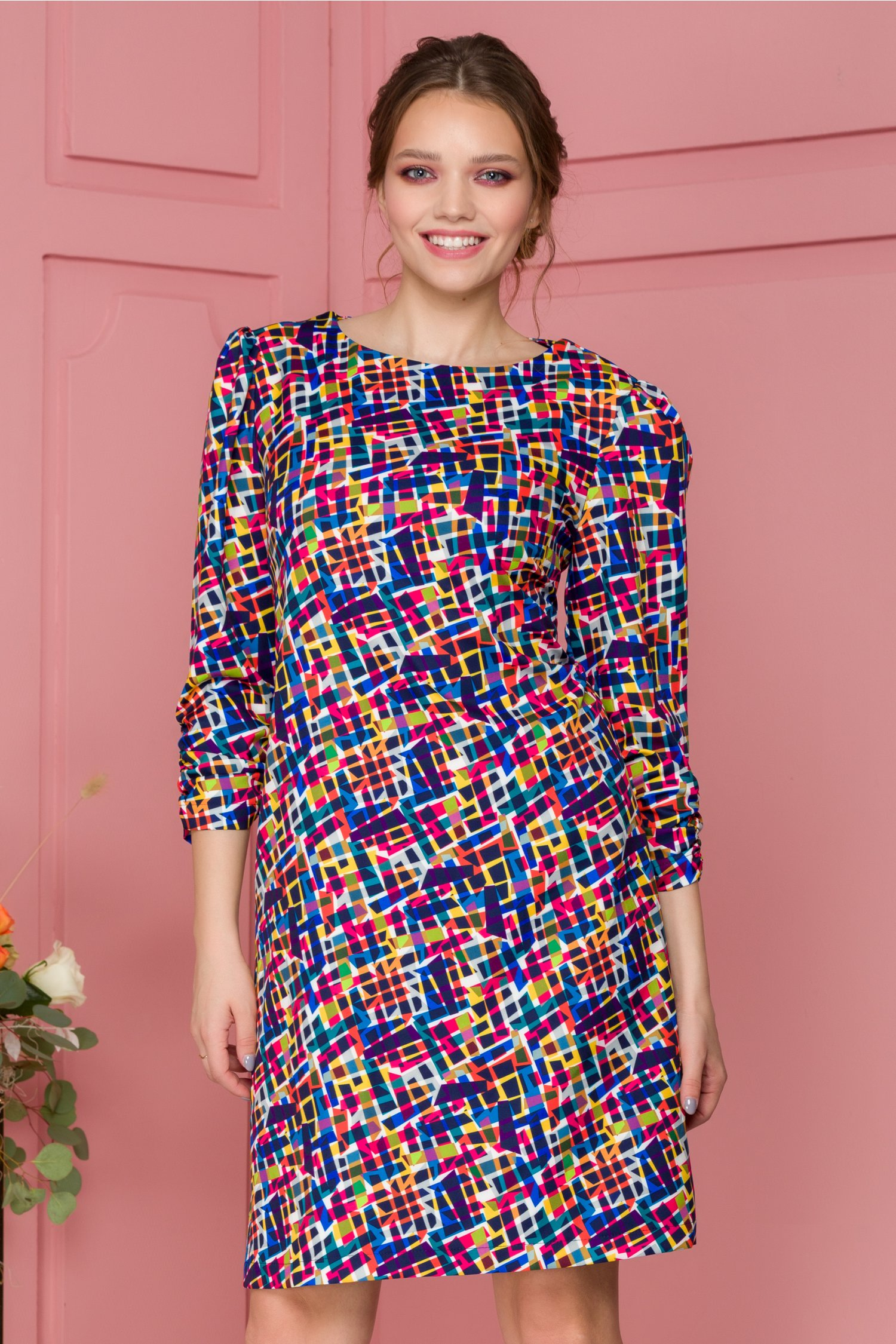 Rochie Bloomy cu imprimeu geometric multicolor