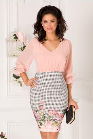 Rochie Carmen roz somon cu buline si flori