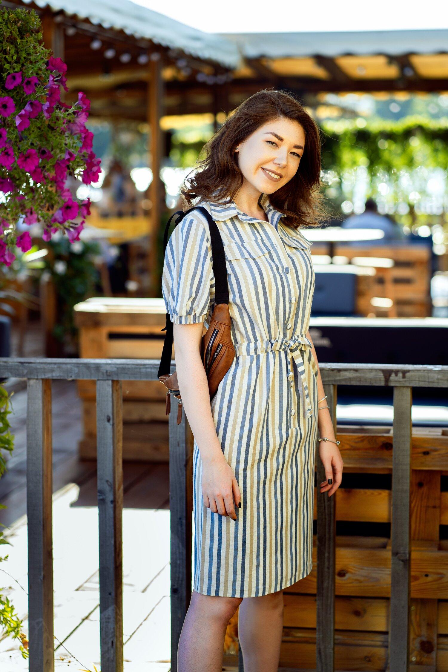 Rochie Carmen tip camasa cu dungi bej si bleu