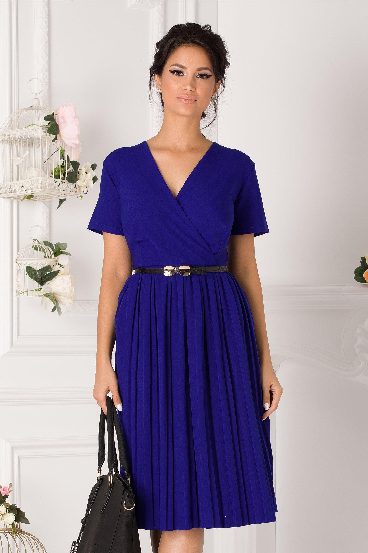 Rochie Carolina albastra cu fusta plisata