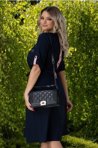 Rochie Carolina bleumarin cu detalii roz prafuit
