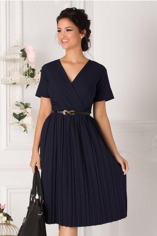 Rochie Carolina bleumarin cu fusta plisata