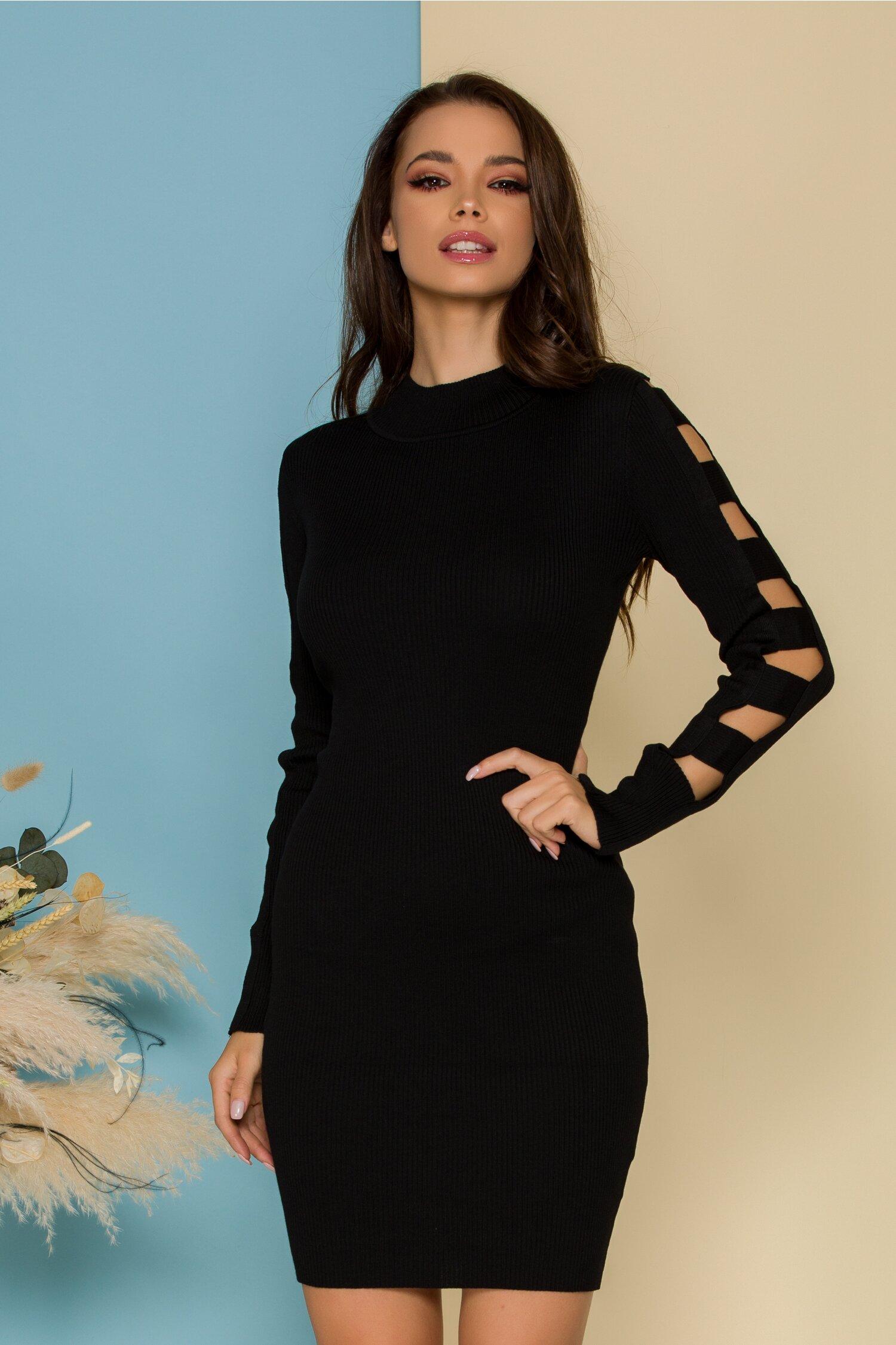 Rochie Conny neagra tricotata cu manecile decupate