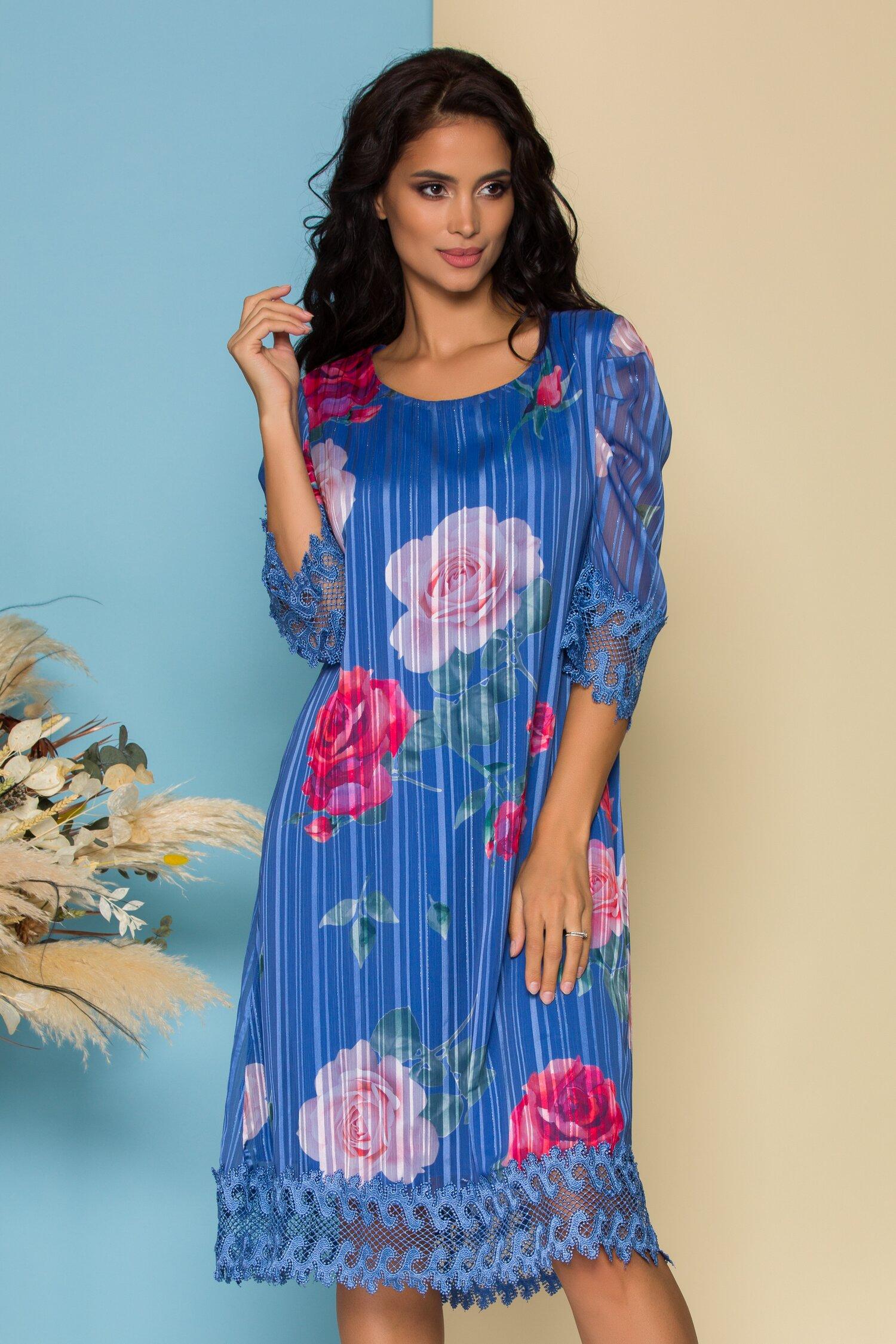 Rochie Cory albastra din voal cu imprimeu floral si design in dungi