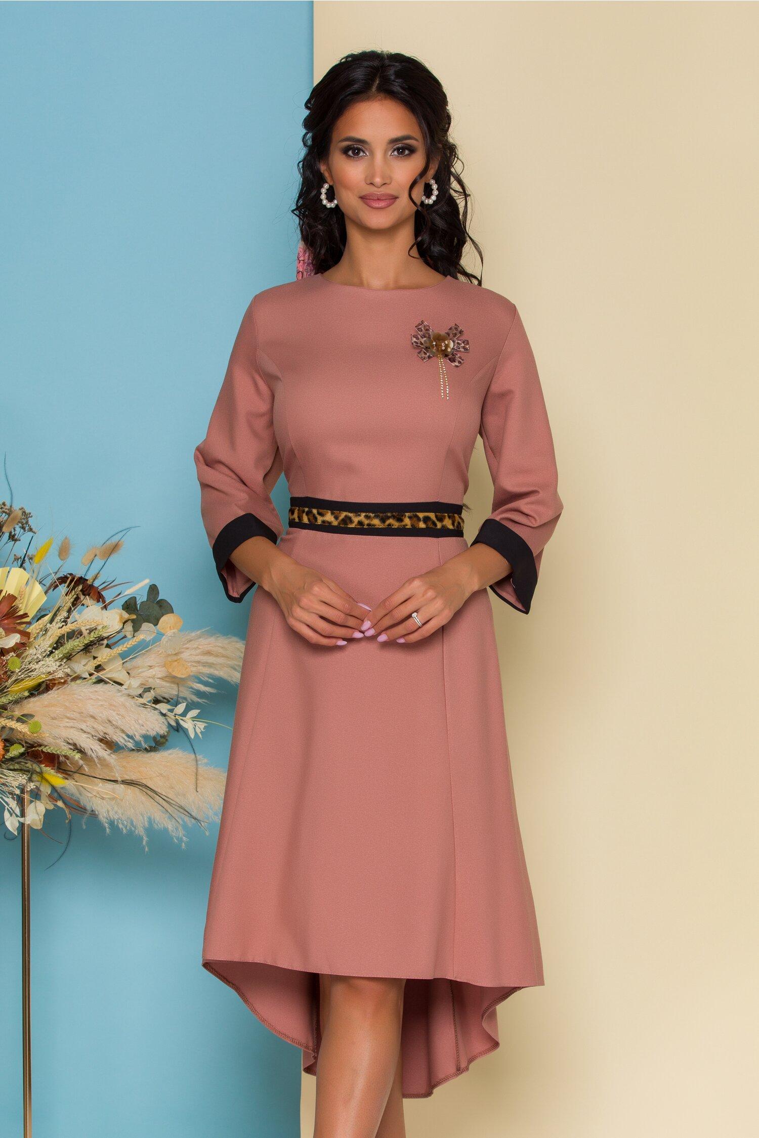 Rochie Danna roz cu insertie animal print in talie