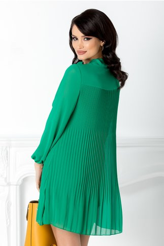 Rochie Derny verde plisata si funda la guler
