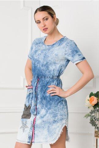 Rochie din denim cu strasuri aplicate pe buzunare