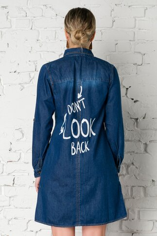 Rochie din denim stil camasa cu mesaj pe spate