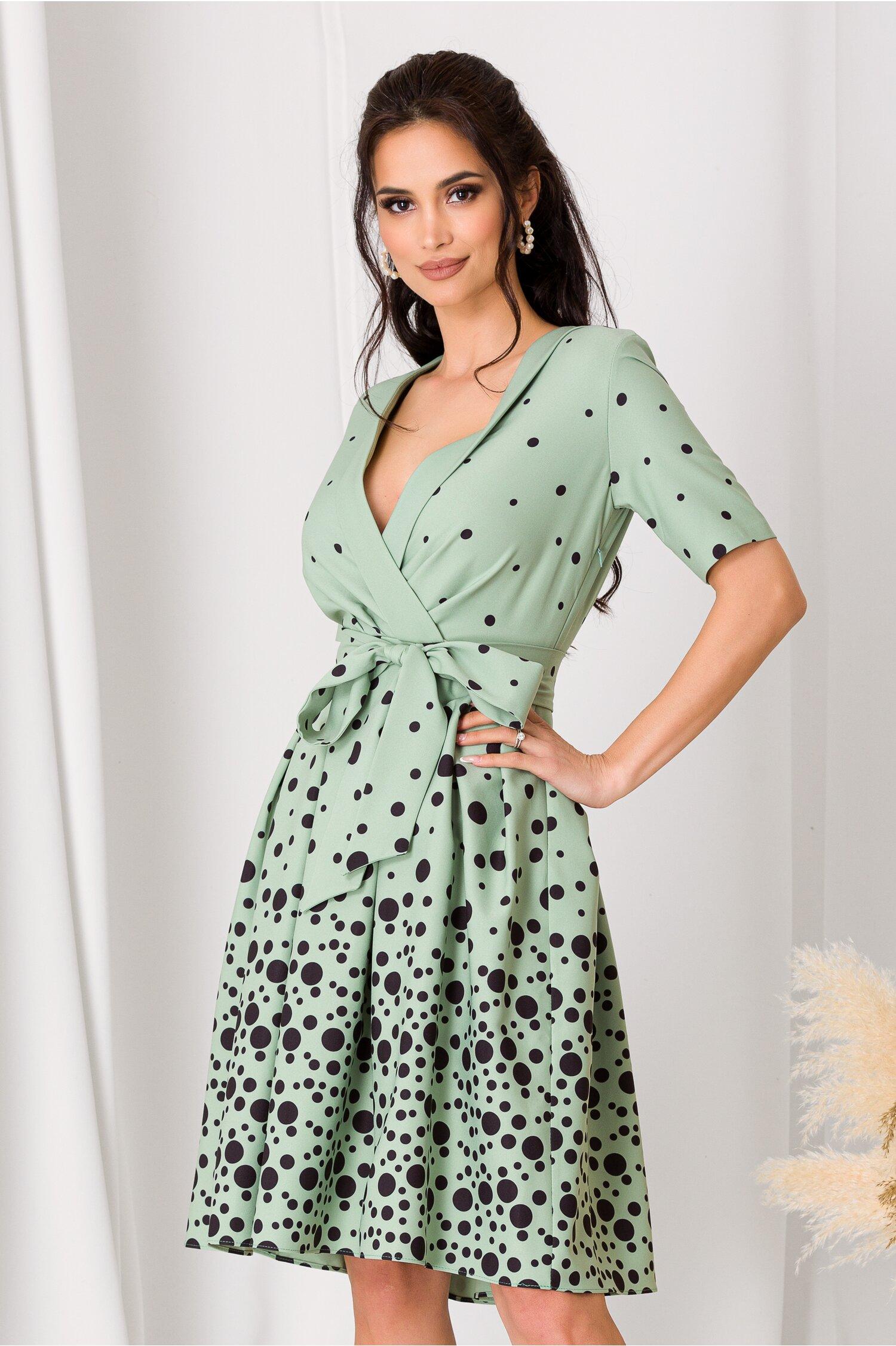 Rochie Dori verde mint cu buline negre