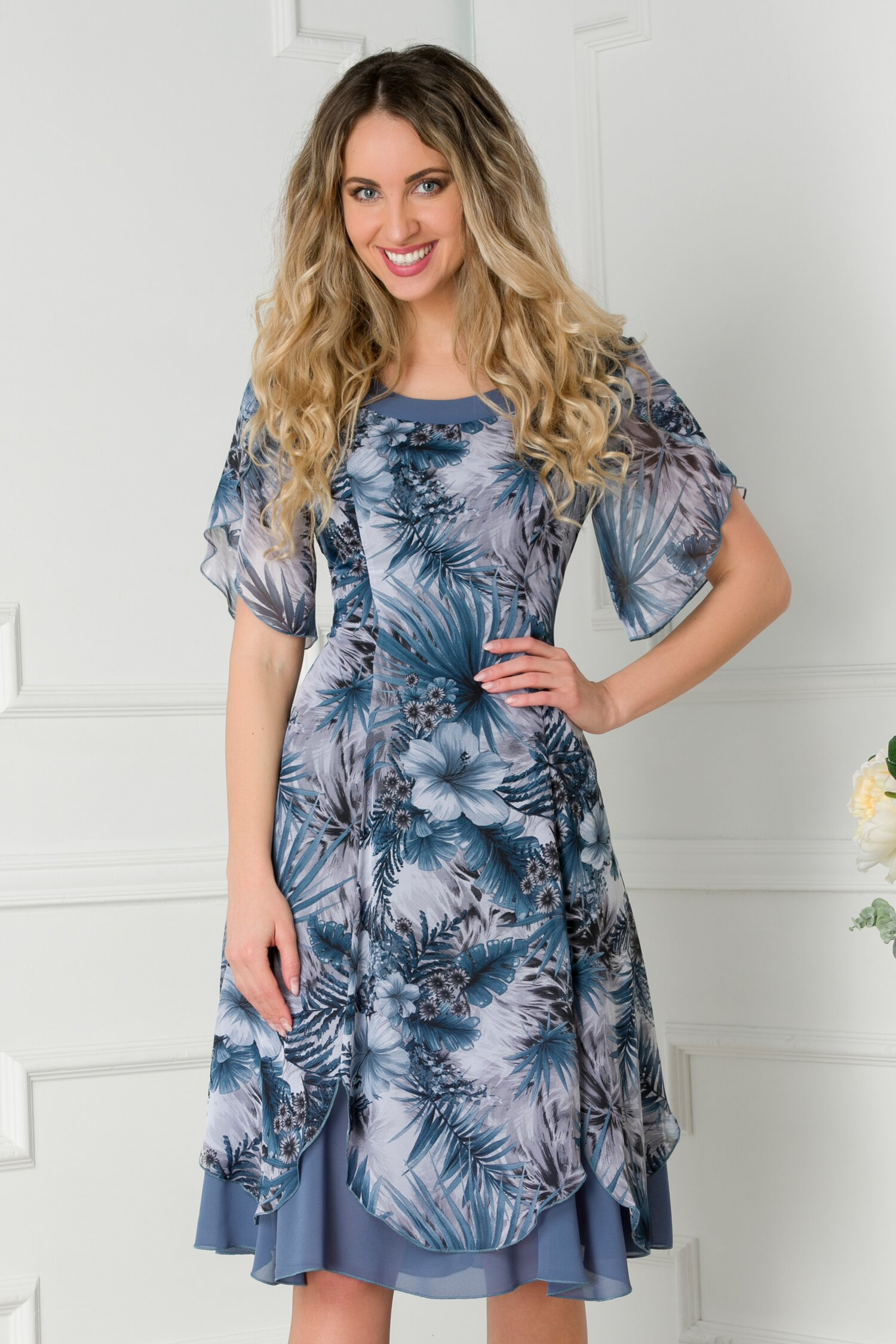 Rochie Dorina cu imprimeuri albastre