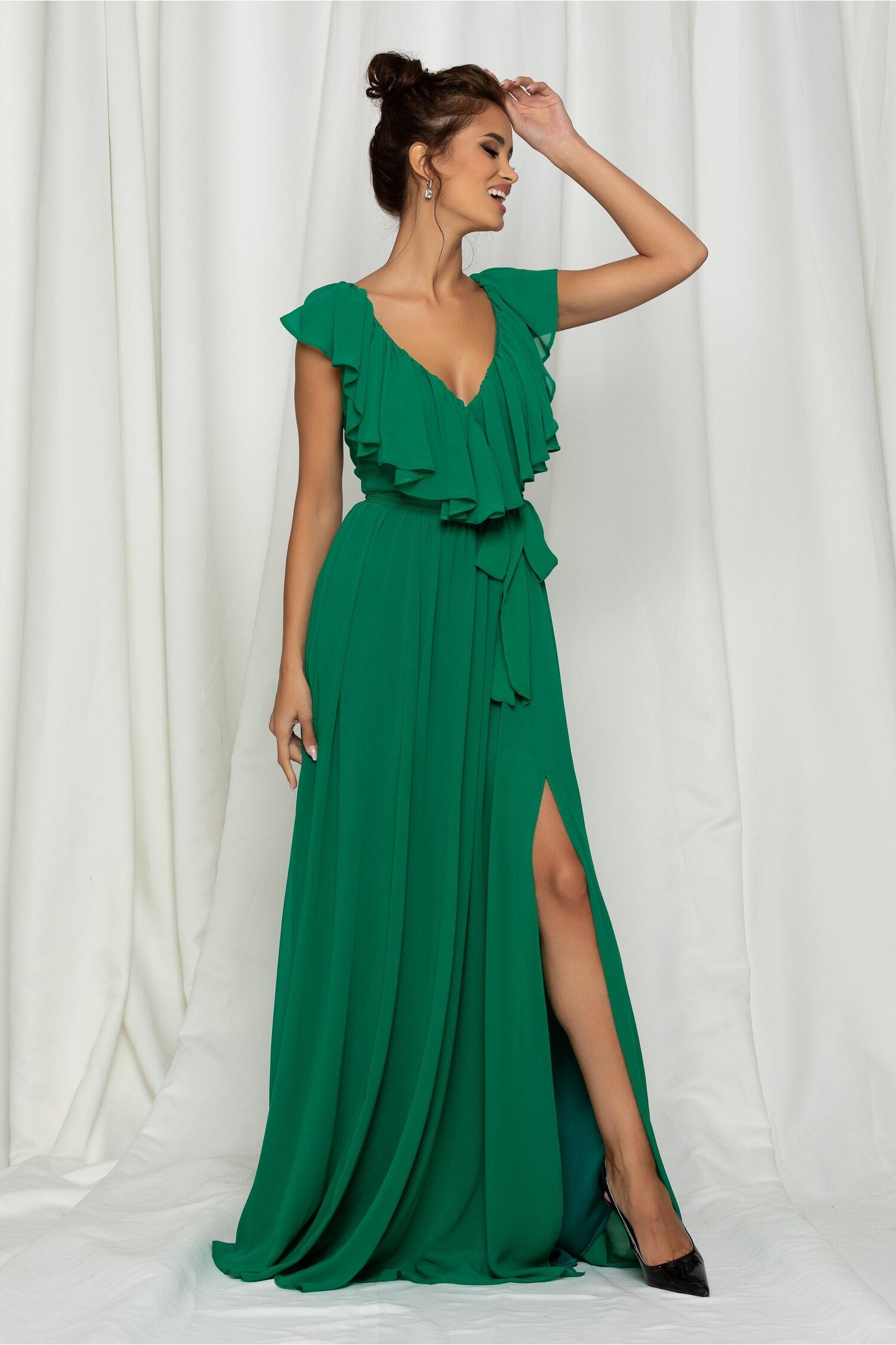 Rochie Dy Fashion Gaby lunga verde din voal cu volanase la decolteu